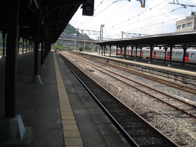 jr-mojiko57.JPG
