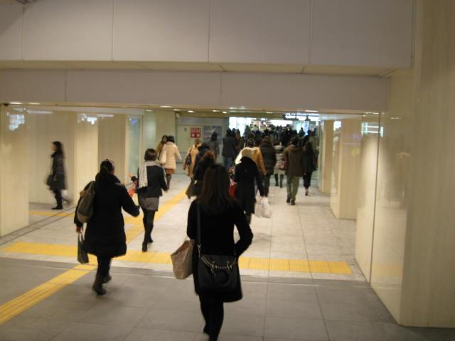 13-win-kan-sakaba-hourou2.JPG