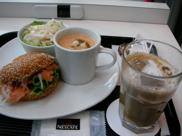 cafe-nescafe2.JPG