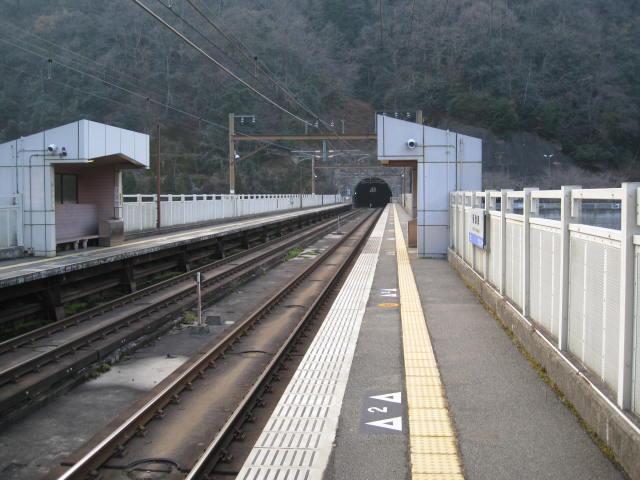 jr-hozukyo14.JPG