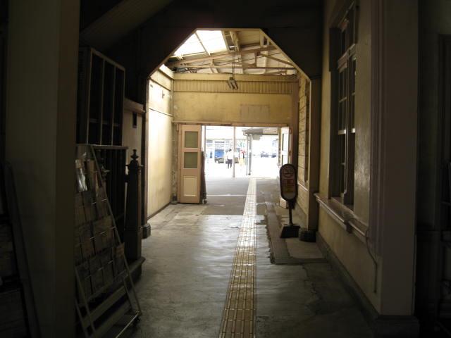 jr-mojiko7.JPG