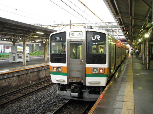 jr-ogaki48.JPG