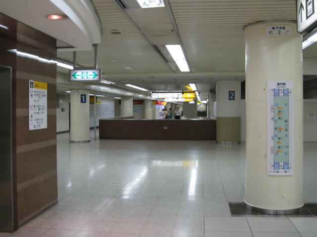 jr-tokyo14.JPG