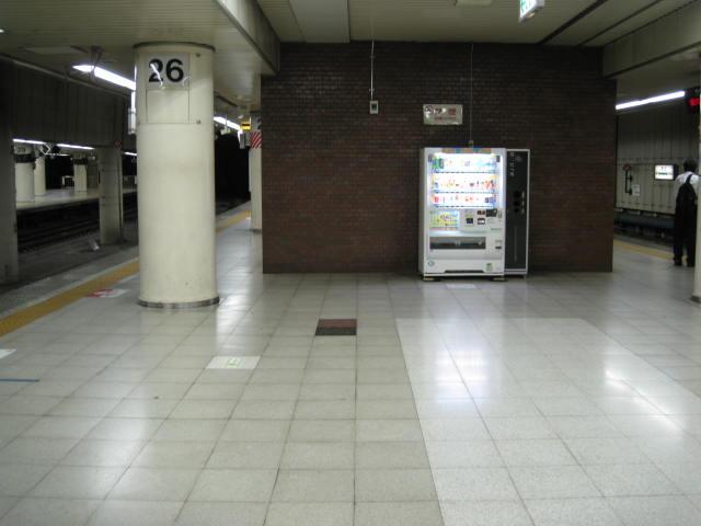 jr-tokyo114.JPG