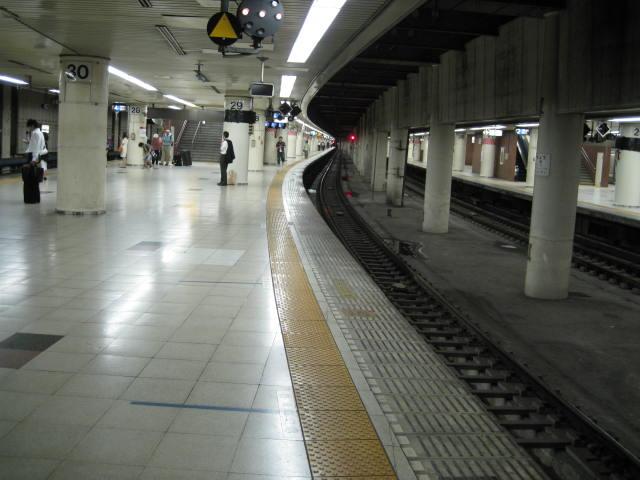 jr-tokyo118.JPG