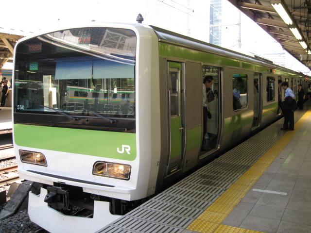 jr-tokyo128.JPG
